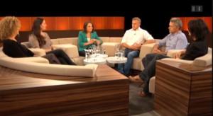 Das Bild zeigt die Diskussionsrunde zum Beitrag in der Sendung Club auf SRF1
